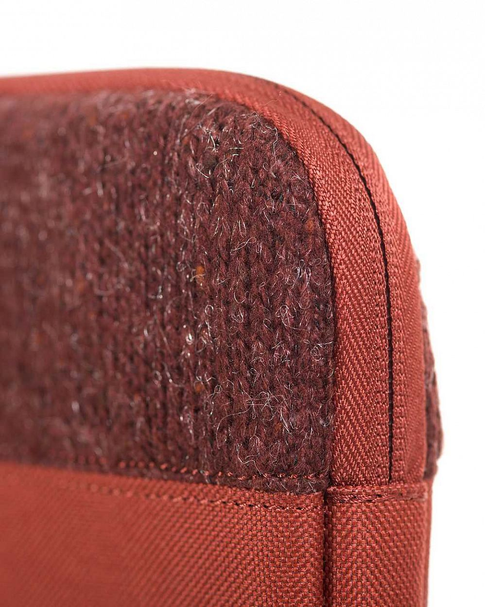 Чехол Herschel Anchor Sleeve для 11'' Macbook Rust купить в интернете