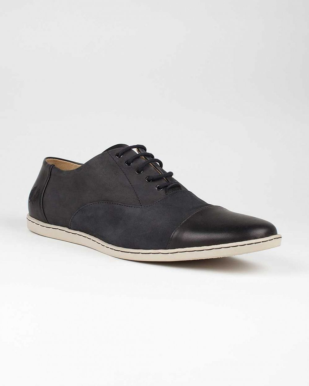 купить Кеды Fred Perry Carey Toe Cap Nubuck Leather Black в Москве