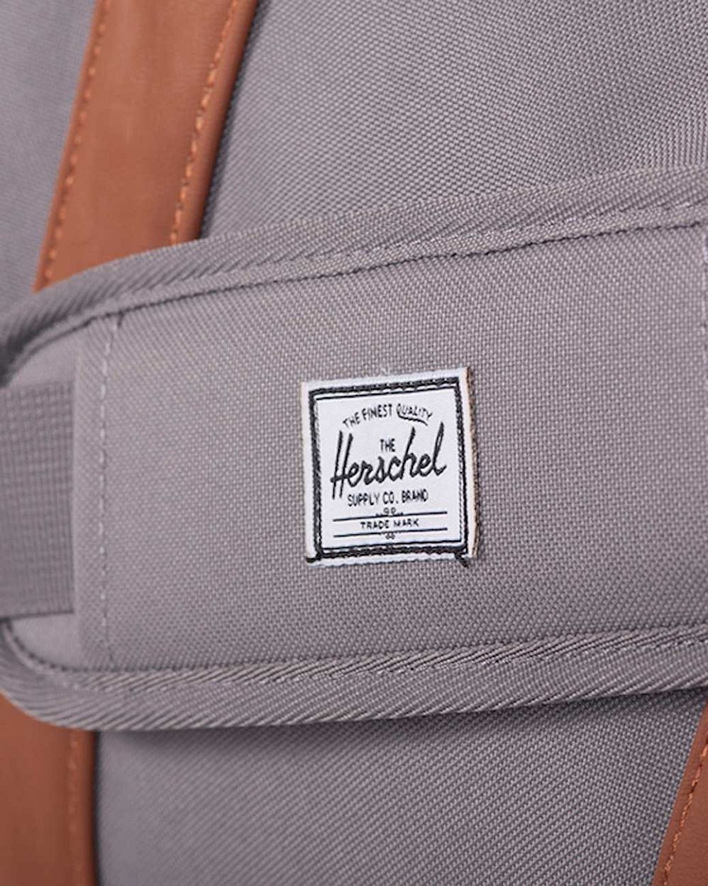Сумка спортивная Herschel Ravine Grey Tan купить в интернете