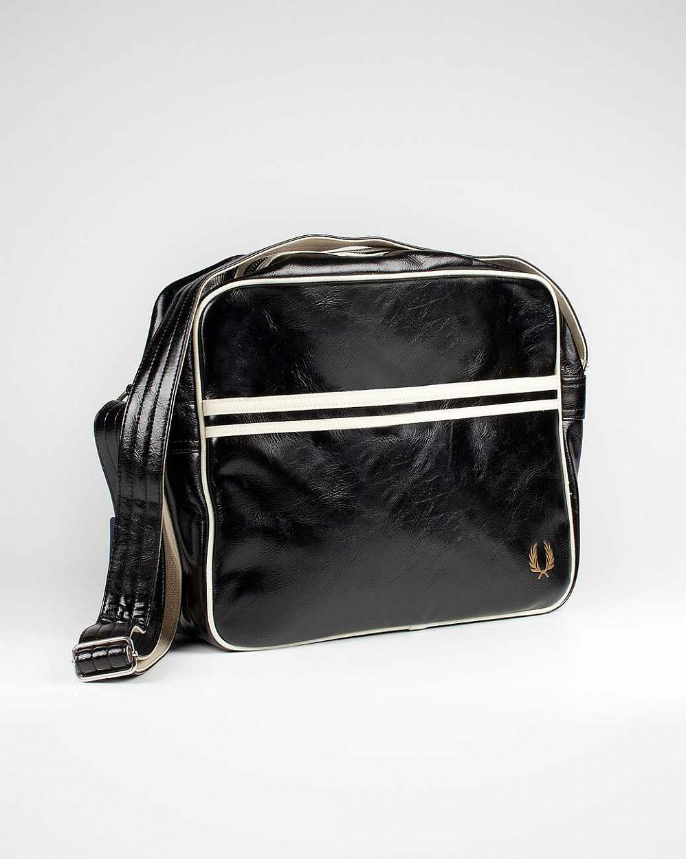 купить Сумка Fred Perry L1180 Classic Shoulder Bag Black в Москве
