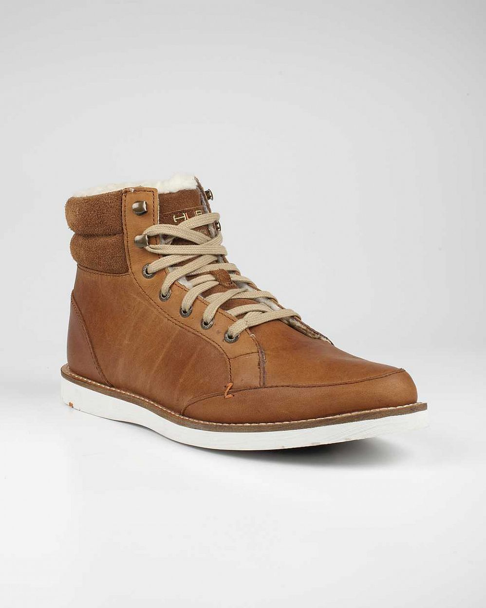 купить Ботинки Hubfootwear Wolsley Wool Leather not tumbl brown white в Москве
