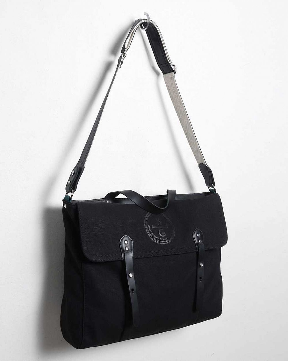 купить Сумка Stighlorgan Seanan Leather Canvas Satchel Tote Black в Москве