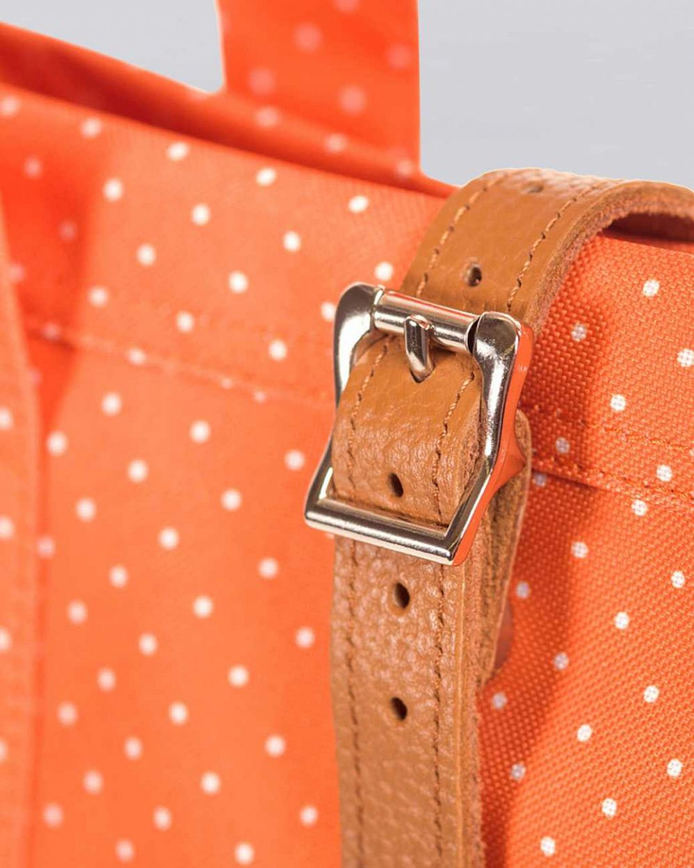 Сумка herschel market orange polka dot цена в Москве