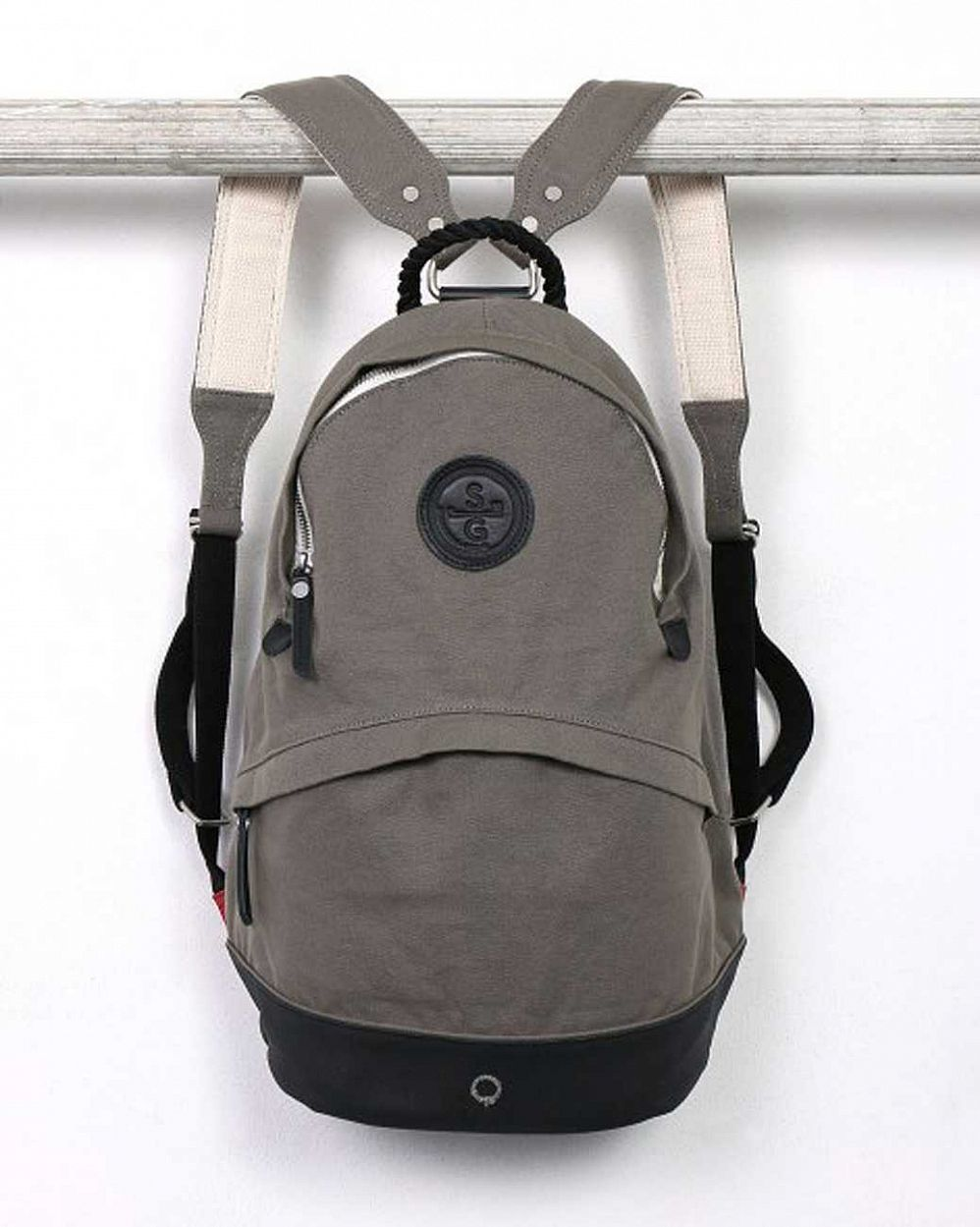 купить Рюкзак Stighlorgan Oisin canvas zip-top backpack  taupe grey & black в Москве