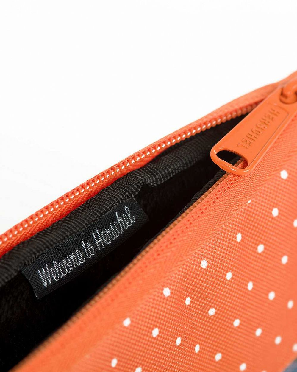Чехол Herschel Anchor Sleeve для 11'' Macbook Purple Leopard Orange Polka Dot отзывы
