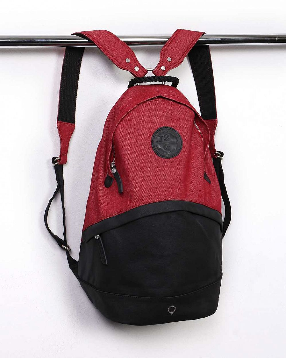 купить Рюкзак Stighlorgan Oisin canvas zip-top backpack Black & red в Москве